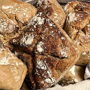 Pão artesanal de fermentação natural com massa mãe